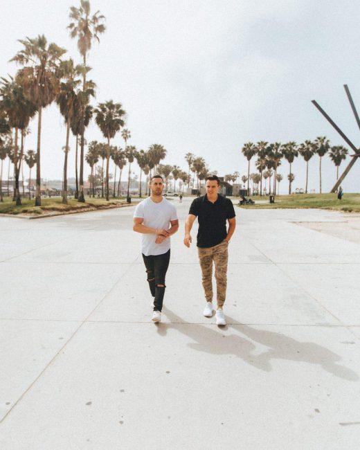 Những người sáng lập thương hiệu MVMT- Jacob Kassan 27 tuổi và Kramer LaPlante 26 tuổi
